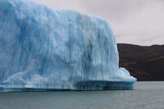 Παγόβουνο σε Lago Argentino Στοκ εικόνες με δικαίωμα ελεύθερης χρήσης