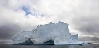 Παγόβουνο Φύση και τοπία της δυτικής Γροιλανδίας Στοκ Φωτογραφίες