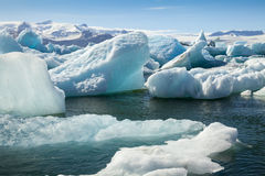 Παγόβουνο Jokulsarlon με το τόξο Ισλανδία στοκ φωτογραφία με δικαίωμα ελεύθερης χρήσης