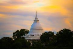 Παγόδα ειρήνης Ampara στοκ φωτογραφία με δικαίωμα ελεύθερης χρήσης