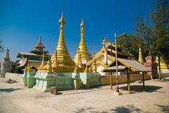 Παγόδα Νι Gaw Dar Yone στο χωριό Nyaungshwe, το Μιανμάρ στοκ εικόνες με δικαίωμα ελεύθερης χρήσης