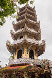 Παγόδα γυαλιού πορσελάνης Phuoc Linh στη DA Lat, Βιετνάμ Στοκ Εικόνα