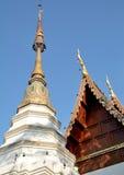 Παγόδα και στέγη Ταϊλανδός Στοκ Εικόνα