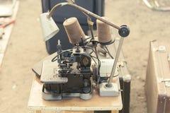 Παζαριών Πώληση των παλαιών πραγμάτων στοκ φωτογραφίες με δικαίωμα ελεύθερης χρήσης
