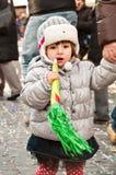 Παιδί με το παιχνίδι καρναβαλιού Στοκ φωτογραφίες με δικαίωμα ελεύθερης χρήσης