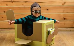 Παιδί, πειραματικό σχολείο, καινοτομία στοκ εικόνα με δικαίωμα ελεύθερης χρήσης