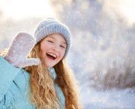 Παιδί στο χειμώνα Στοκ εικόνα με δικαίωμα ελεύθερης χρήσης