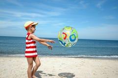 παιδί σφαιρών Στοκ εικόνα με δικαίωμα ελεύθερης χρήσης