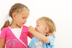 παιδιά μικρά δύο στοκ φωτογραφία με δικαίωμα ελεύθερης χρήσης
