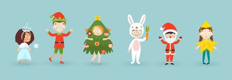 Παιδιά που φορούν τα κοστούμια Χριστουγέννων Αστεία και χαριτωμένα παιδιά καρναβαλιού καθορισμένα ελεύθερη απεικόνιση δικαιώματος