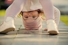 Παιδική ηλικία, χρόνος ψυχαγωγίας, τρόπος ζωής Δραστηριότητα, ενεργειακή έννοια Στοκ φωτογραφία με δικαίωμα ελεύθερης χρήσης