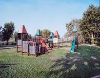Παιδική χαρά πάρκων πόλεων στοκ εικόνες
