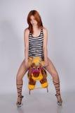 παιχνίδι αλόγων κοριτσιών Στοκ εικόνα με δικαίωμα ελεύθερης χρήσης