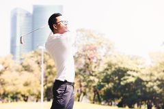 παιχνίδι ατόμων γκολφ Στοκ φωτογραφίες με δικαίωμα ελεύθερης χρήσης
