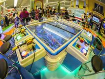 Παιχνίδι βασιλιάδων αλιείας arcade κατά την ευρεία άποψη γωνίας Στοκ φωτογραφία με δικαίωμα ελεύθερης χρήσης