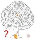 Παιχνίδι γρίφων λογικής με το λαβύρινθο για τα παιδιά και τους ενηλίκους Βοηθήστε το σκίουρο να βρεί τον τρόπο στο μήλο Στοκ Εικόνες