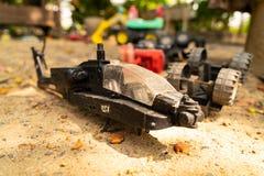 Παιχνίδι ελικοπτέρων στο έδαφος στοκ φωτογραφίες με δικαίωμα ελεύθερης χρήσης