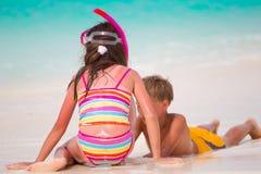 παιχνίδι παιδιών παραλιών Στοκ εικόνα με δικαίωμα ελεύθερης χρήσης