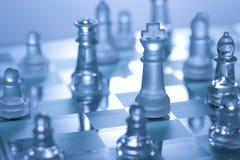 παιχνίδι σκακιού χαρτονιώ&n Στοκ Εικόνες