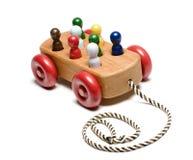 Παιχνίδι των χειροποίητων ξύλινων παιδιών τραίνων Στοκ Φωτογραφία
