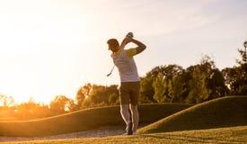 παιχνίδι τύπων γκολφ Στοκ φωτογραφία με δικαίωμα ελεύθερης χρήσης