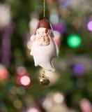 Παιχνίδι Χριστουγέννων - santa με το δέντρο και τα φω'τα Στοκ Εικόνες