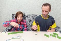 Παιχνίδι Mahjong στο σπίτι Στοκ εικόνα με δικαίωμα ελεύθερης χρήσης