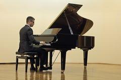 Παιχνίδι Pianist Στοκ Φωτογραφία