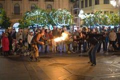 Παιχνίδι με το φανό πυρκαγιάς Στοκ εικόνα με δικαίωμα ελεύθερης χρήσης