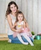 παιχνίδι μητέρων κορών στοκ εικόνα με δικαίωμα ελεύθερης χρήσης