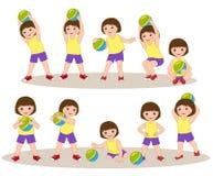 Παιχνίδι μικρών κοριτσιών με τη σφαίρα απεικόνιση αποθεμάτων
