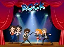 Παιχνίδι ορχήστρας ροκ στη σκηνή ελεύθερη απεικόνιση δικαιώματος