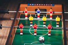 Παιχνίδι & x28 ποδοσφαίρου επιτραπέζιου ποδοσφαίρου kicker& x29  Στοκ Εικόνες