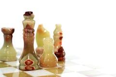Παιχνίδι σκακιού στο λευκό Στοκ εικόνες με δικαίωμα ελεύθερης χρήσης