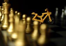 Παιχνίδι σκακιού των επιτυχών ανθρώπων Στοκ Φωτογραφίες