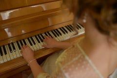 Παιχνίδι του πιάνου Στοκ φωτογραφίες με δικαίωμα ελεύθερης χρήσης