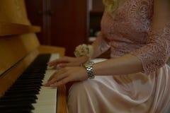 Παιχνίδι του πιάνου Στοκ φωτογραφία με δικαίωμα ελεύθερης χρήσης