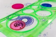 Παιχνίδι Spirograph στοκ φωτογραφίες με δικαίωμα ελεύθερης χρήσης