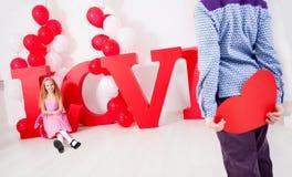 Παιδί ερωτευμένο Στοκ εικόνες με δικαίωμα ελεύθερης χρήσης
