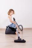 Παιδί με την ηλεκτρική σκούπα Στοκ Εικόνα