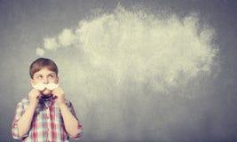 Παιδί με το mustache Στοκ φωτογραφία με δικαίωμα ελεύθερης χρήσης