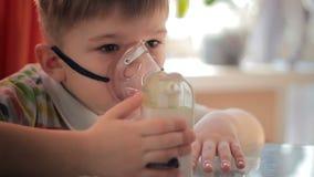 Παιδί με inhaler 8 φιλμ μικρού μήκους