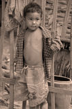 παιδί που ζει στους δρόμους Στοκ φωτογραφία με δικαίωμα ελεύθερης χρήσης