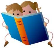Παιδιά ανάγνωσης ελεύθερη απεικόνιση δικαιώματος