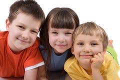 παιδιά ευτυχή τρία Στοκ φωτογραφίες με δικαίωμα ελεύθερης χρήσης