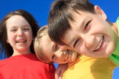 παιδιά ευτυχή Στοκ φωτογραφία με δικαίωμα ελεύθερης χρήσης