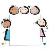 Παιδιά με το έμβλημα Στοκ φωτογραφία με δικαίωμα ελεύθερης χρήσης