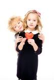 Παιδιά με το κόκκινο σημάδι καρδιών Στοκ εικόνα με δικαίωμα ελεύθερης χρήσης