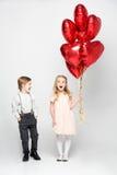 Παιδιά με ballons αέρα Στοκ εικόνα με δικαίωμα ελεύθερης χρήσης