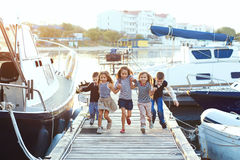 Παιδιά μόδας στοκ εικόνες με δικαίωμα ελεύθερης χρήσης